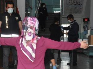 Kars'ta koronavirüs önlemleri altında YKS sınavı