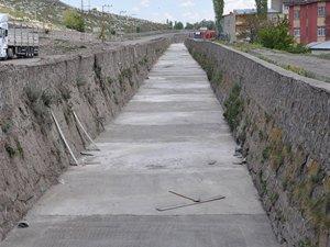 Bayrampaşa Deresi temizlenerek Belediyeye devredildi