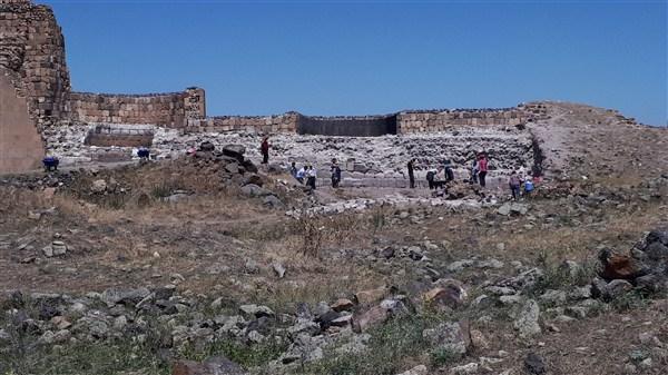 Ani'de kazı çalışmaları devam ediyor