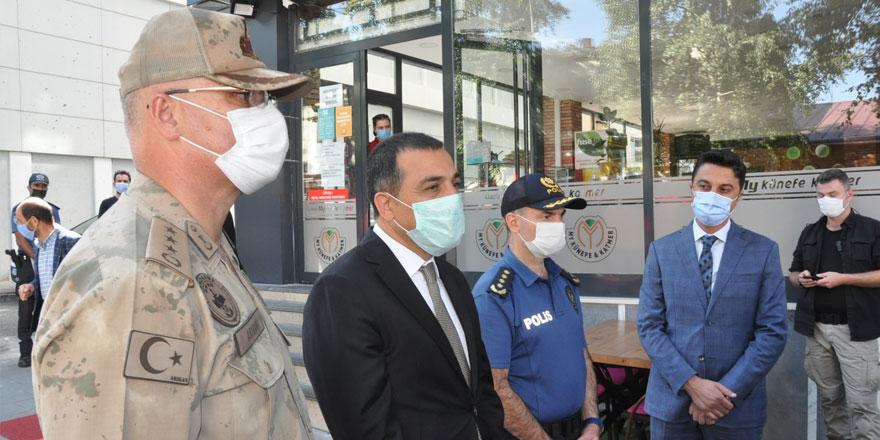 Kars'ta koronavirüste son durum! Vali Öksüz ölü sayısını açıkladı