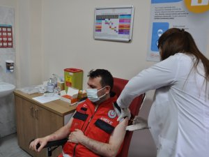 Koronavirüs aşısı Kars'ta
