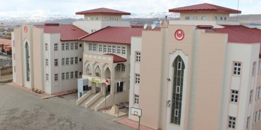 Kars Fen Lisesi üniversite sınav sonuçlarında zirvede