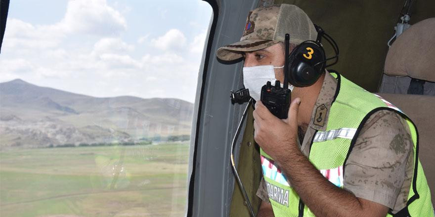 Kars'ta helikopterle trafik denetimi yapıldı