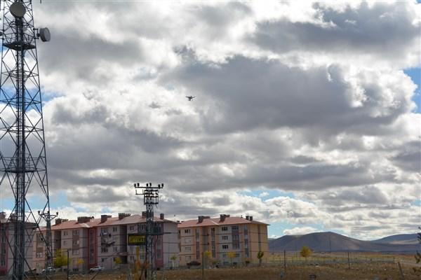 Kars'ta droneli trafik uygulaması