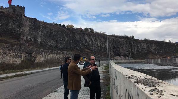 DSİ Kars Bölgenin yaptırdığı Kura Nehri taşkın koruma tamamlanıyor