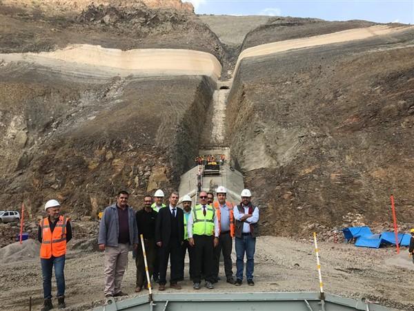 """Dündar: """"Kars Karakurt Barajı ve HES inşaatı devam ediyor"""""""