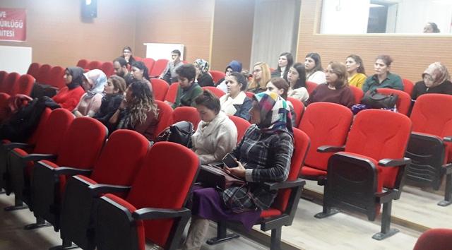 Kars'ta otizmli çocuklara dil gelişimi eğitimi verildi