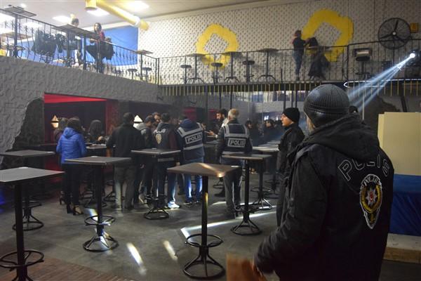 Kars'ta 231 polis huzur ve güven uygulaması yaptı