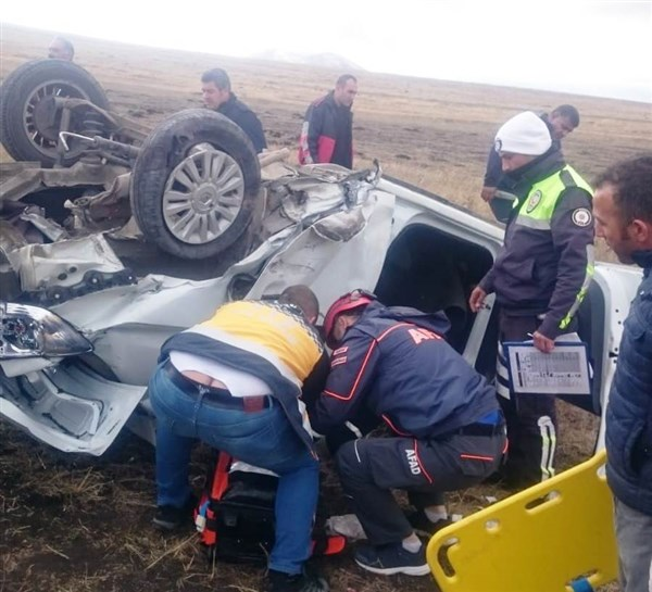 Digor'da trafik kazası: 4 yaralı