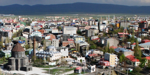 Kars'ın nüfusu erimeye devam ediyor