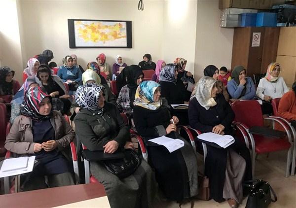 Ağrı'da 56 kadın, girişimci sertifikası aldı