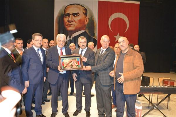 AZERBAYCAN'IN 100. KURULUŞ YILI KUTLANDI