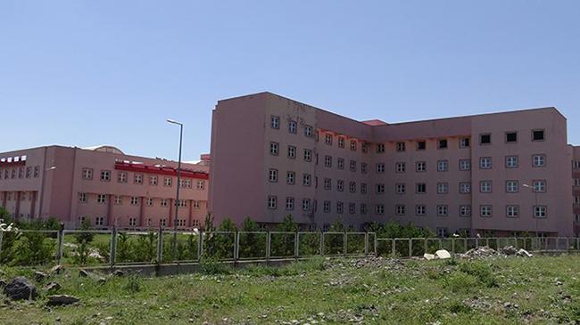Eski Devlet Hastanesi hurdası karşılığında yıkılacak