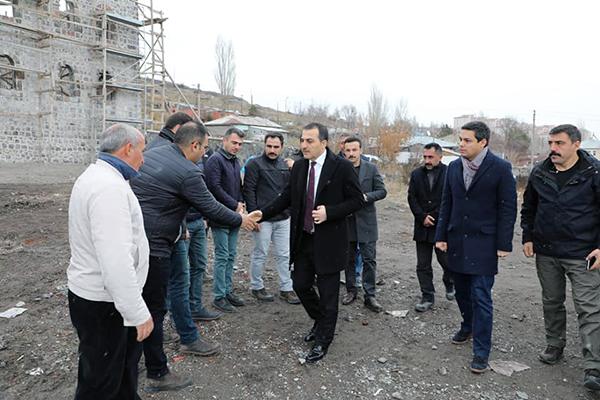 Vali Türker Öksüz, restorasyon ve inşaat çalışmalarını inceledi