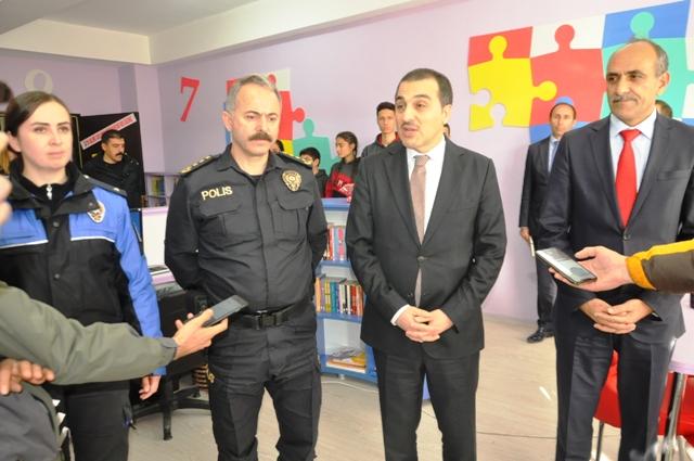 """Vali Öksüz: """"Okul çevreleri güvenli olmaya devam edecek"""