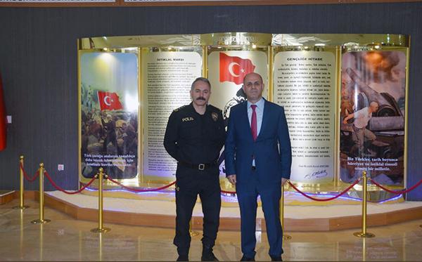 Prof. Dr. Özcan'dan, Emniyet Müdürü Bitirik'e veda ziyareti