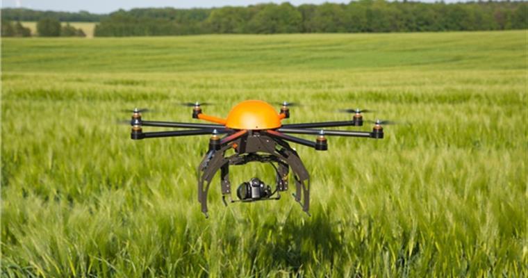 Kars'ta, arazilerde drone dönemi başladı