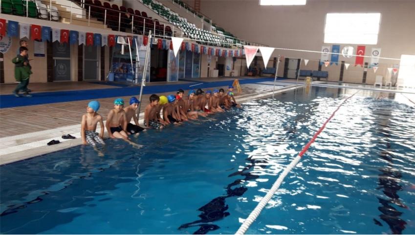 Neden Kars'tan yüzme şampiyonları çıkmasın!