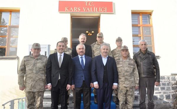 Ersoy ve Korgeneral Çetin, bölgenin huzur ve güvenliği için Kars'ta
