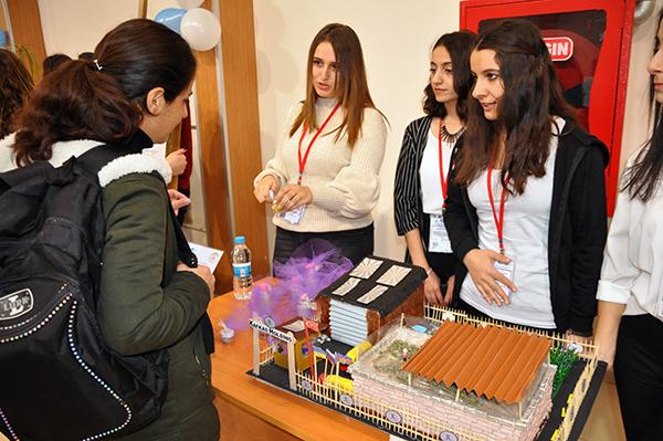 KAÜ öğrencileri girişimcilik ürünlerini sergiledi
