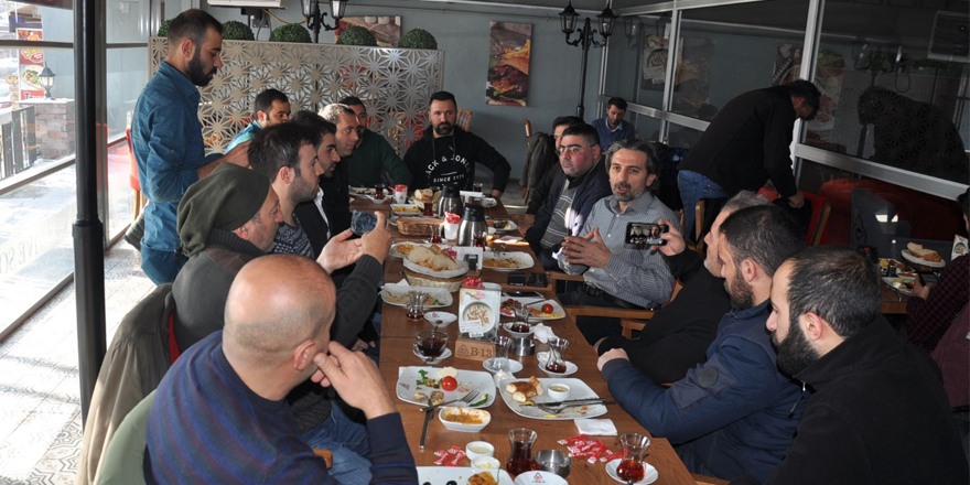 Eğitim Bir-Sen, Gazeteciler Gününü Kutladı