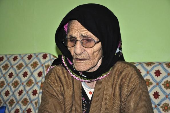 Ecevit'e 'Garaoğlan' lakabını veren Şaşo Nene toprağa verildi