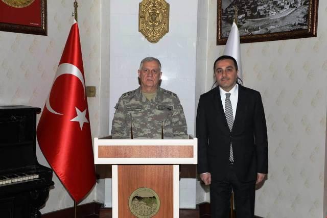 K.K. Komutanı Orgeneral Dündar, Vali Öksüz'ü ziyaret etti