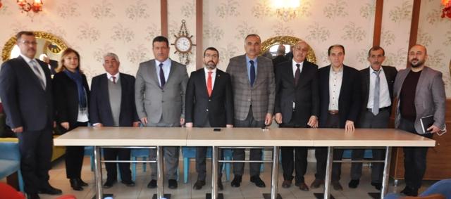 """Adem Çalkın: """"Kars'ta oylar, Belediye'de Cumhur İttifakına, İl Genel'de AK Parti'ye"""""""