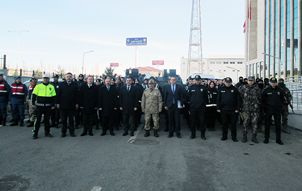 Vali Türker Öksüz, Kars'ta Güven Huzur Uygulamasını başlattı