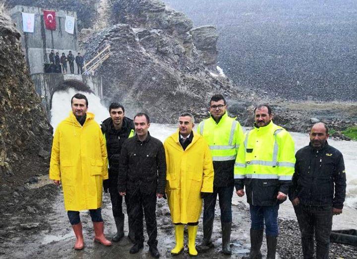 Kars Barajı dipsavağından su tahliyesine başlandı