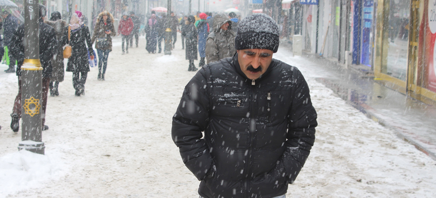 Kars'a kar uyarısı!