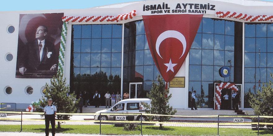 İsmail Aytemiz Spor ve Sergi Sarayı satılıyor!