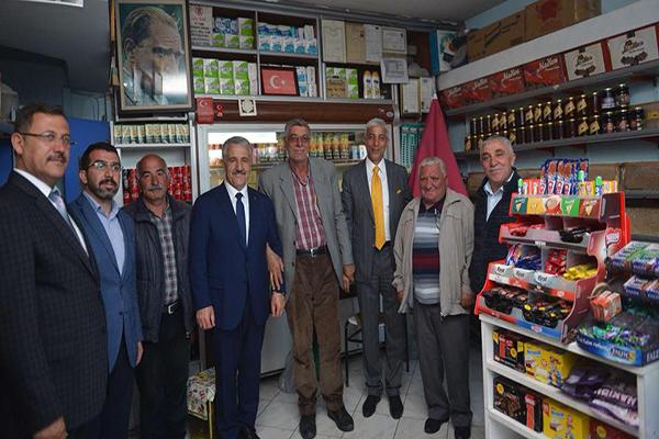 Kars'ta, esnafındanUDH Bakanı Ahmet Arslan'a destek