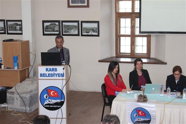Kurtbaş: Kars'ın sağlık sorunlarını çalıştayda gündeme taşıdı