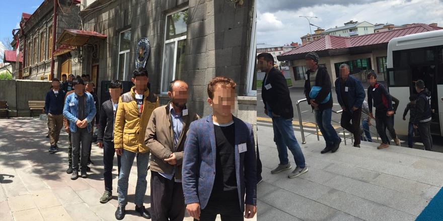Kars'ta 49 kaçak göçmen yakalandı