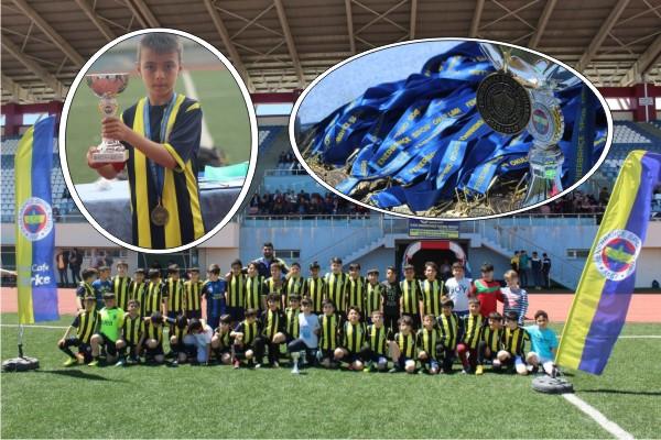 Kars Fenerbahçe Futbol Okulu şampiyon