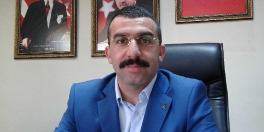 """Adem Çalkın: """"Kars'ta estirilmek istenen Ermeni rüzgarına müsaade etmeyiz"""""""