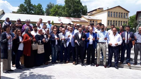 """AK Parti: """"Mürsî'nin özgürlük ve adalet hasretiyle Hakk'a yürüdü"""""""