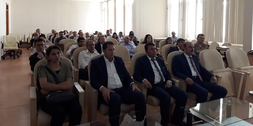 """Kars'ta """"Pandemik İnfluenza İl Hazırlık ve Faaliyet Planı"""" toplantısı"""