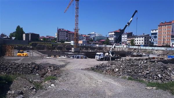 Sultan Alpaslan Külliyesinde çimento bitti yapı paydos