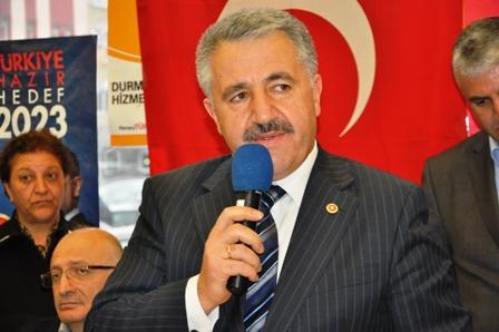 UDH Bakanı Ahmet Arslan, Kars'ta AK Partinin oylarını artırdı