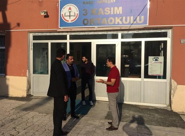 Arpaçay'da okulların tadilatı bitmedi