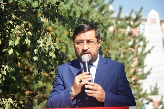"""MÜFTÜ EVİŞ: """"CAMİ HAYATIN MERKEZİDİR"""""""