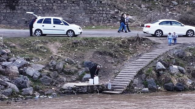 Kars'ta kişi başına çekilen su miktarı 461 litre oldu