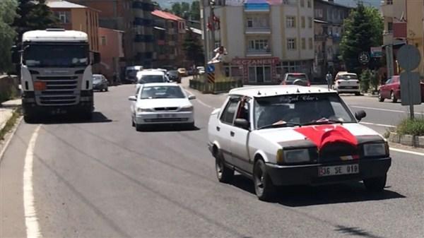Sarıkamış'ta taksicilerden çocuk ölümlerine tepki