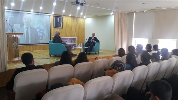 Kariyer Günlerinin konuğu, KAÜ Rektörü Prof. Dr. Hüsnü Kapu