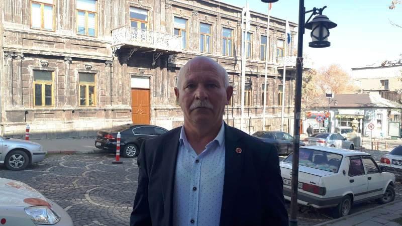 İlçe AK ve MHP belediyeleri Kars'a hizmeti engelledi