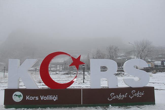 Kars'ta buzlanma, don ve sis uyarısı!