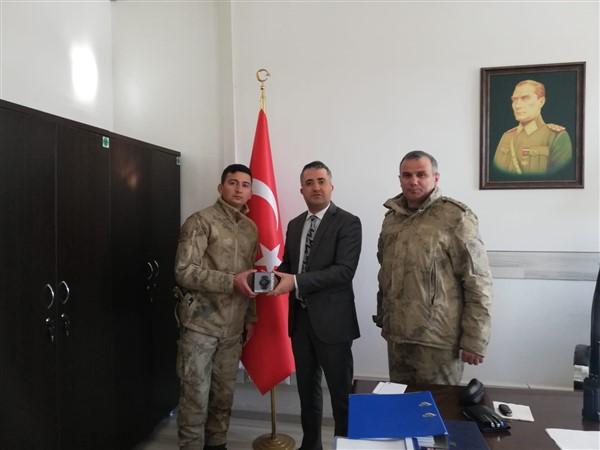 Atışta birinci olan Jandarma personeli ödüllendirildi