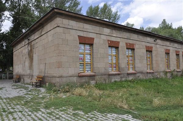 Şahnalar İlkokulu 142 yıldır hizmet veriyor